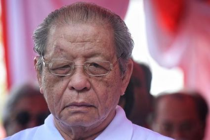 Kit Siang says Umno-PAS supports Mahathir to oust DAP-Amanah from government