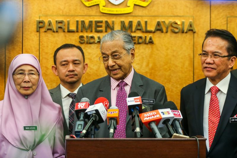 Malaysia won't report Indian palm oil boycott to WTO 'at the moment', says PM