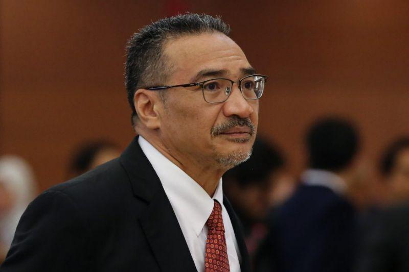 Raja Kamarul Bahrin tells Hishamuddin to look in the mirror