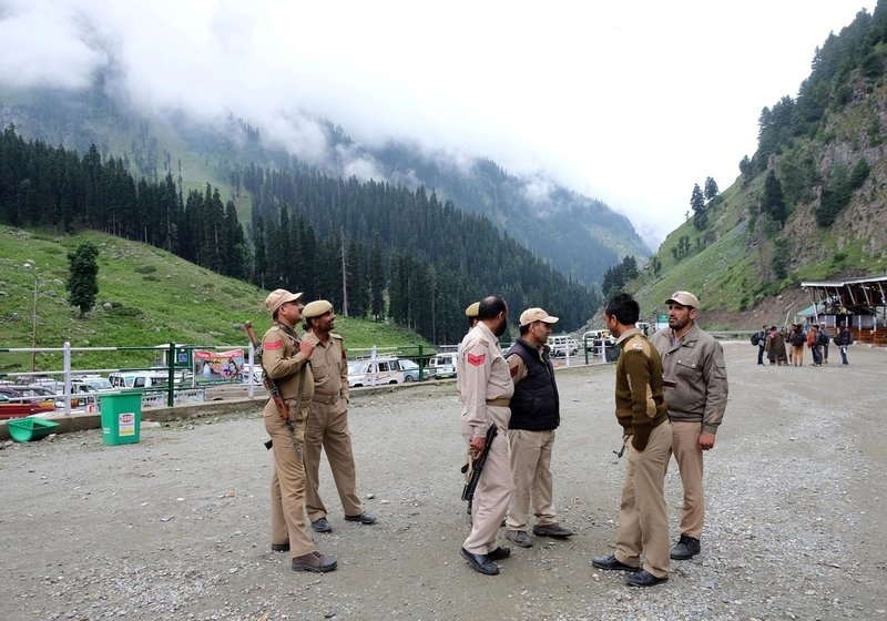 Govt working to resolve Kashmir spat ahead of 'mega' free trade deal