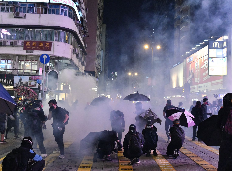 【修例风波】「泵车」于大型驱散行动只在警车后排 消防处:不存在开路说法