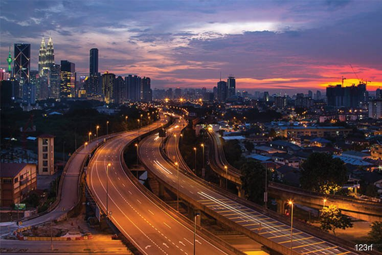 Standard Chartered estimates Malaysia's 3Q GDP growth at 4.4%