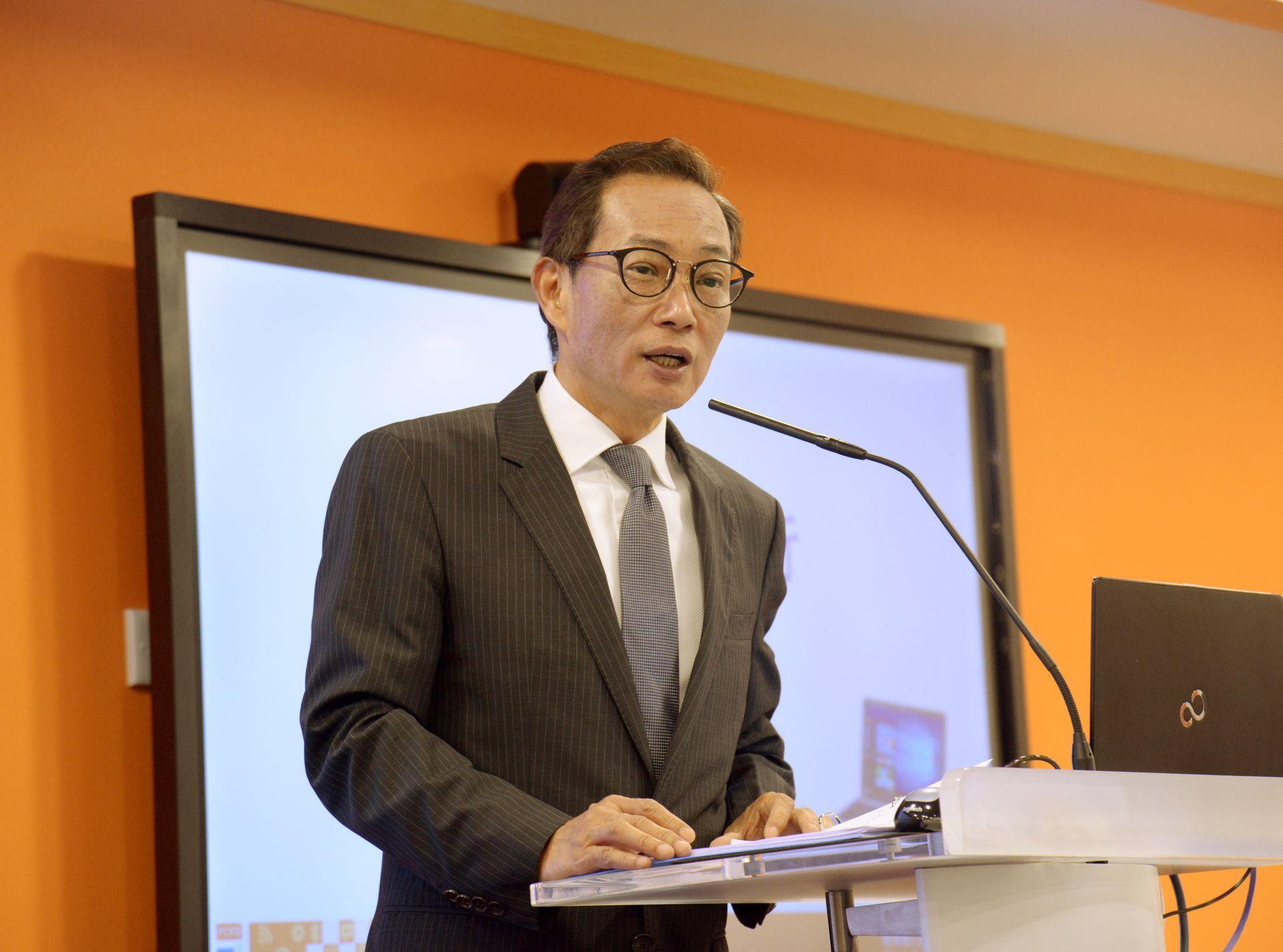 黄继儿出席国际私隐大会 倡打击网上「起底」行为