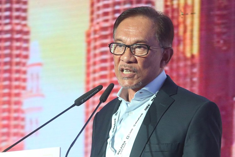 Anwar agrees there should not be too much tension on power transition — Dr Mahathir