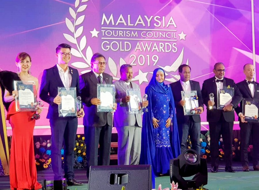 Terengganu's drawbridge wins 'Best New Tourism Icon' award