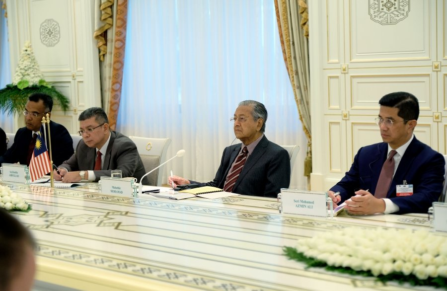 Azmin: Petronas could play active role in Turkmenistan's O&G industry