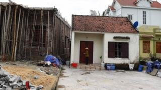 Essex lorry deaths: Agony builds for Vietnamese families