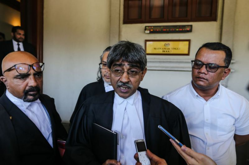 Group fails court challenge against smoking ban