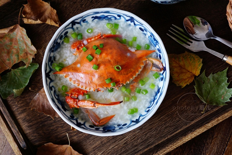 煮螃蟹粥,别直接下锅煮,多这一步更鲜美无腥味,一锅都不够喝
