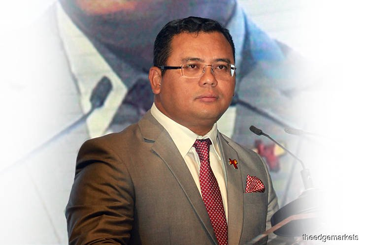 Coronavirus: Selangor govt reviews overseas investment missions, trips