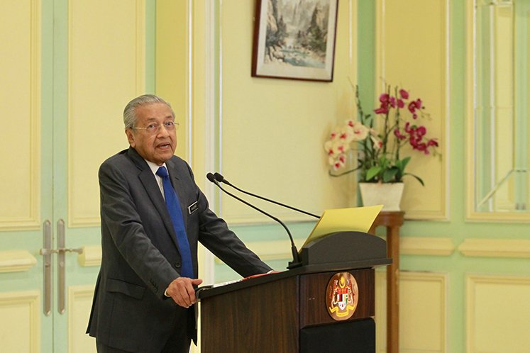 Muslim nations must be strong to resist foreign interference — Dr Mahathir
