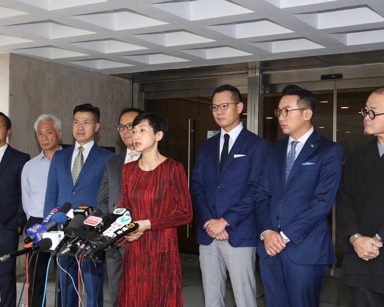 民主派挑战禁蒙面法司法覆核今开庭 众筹得130万元