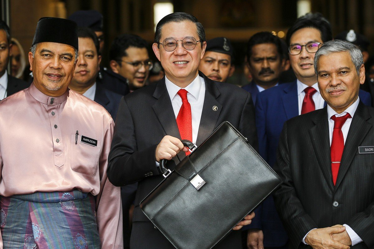 Malaysia is no currency manipulator, finance minister says