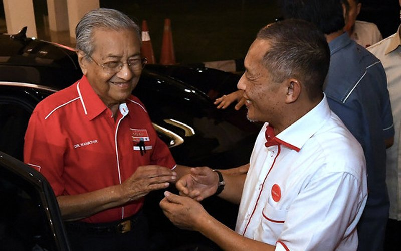 Umno not standing in Tanjung Piai because it is scared of losing, says Dr M
