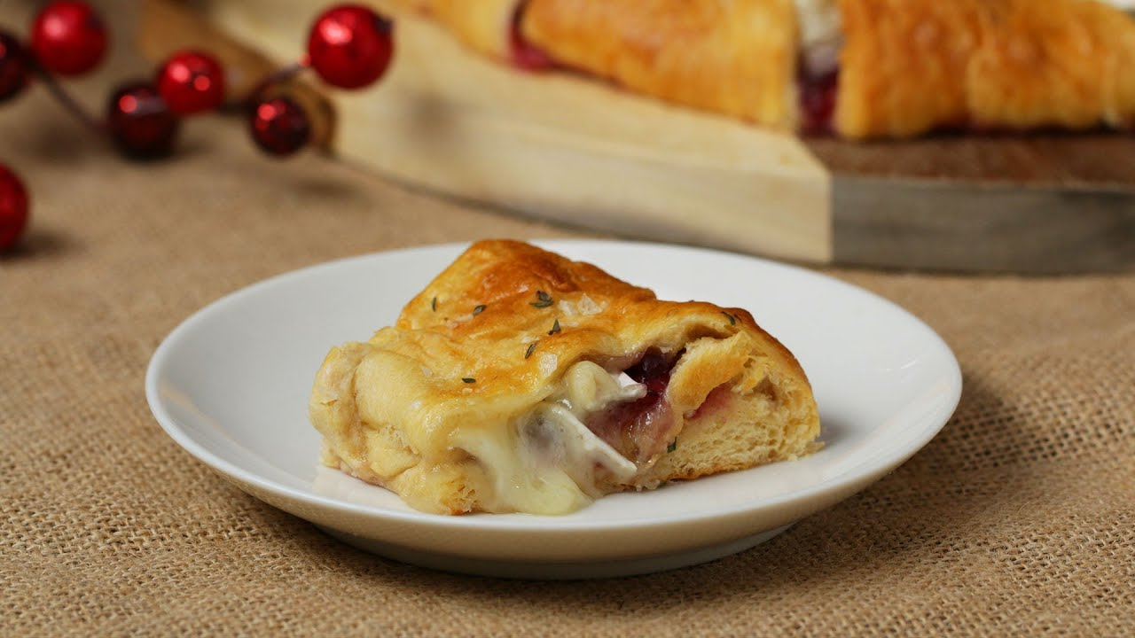 Cranberry And Brie Pastry Wreath • Tasty
