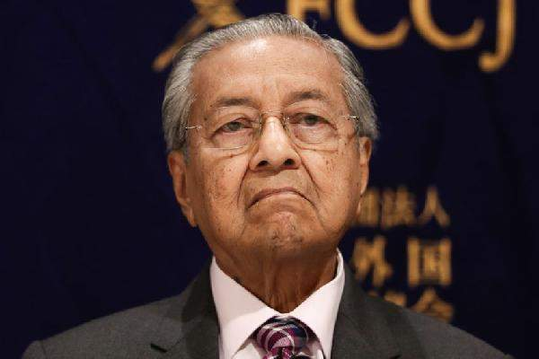 Mahathir Up To Old Tricks, Tries To Revive Water Spat And Crooked Bridge With SG Again