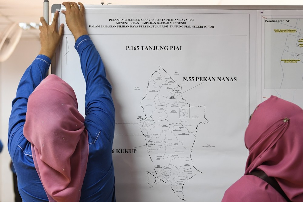 Election Commission records 37 election offences in Tanjung Piai