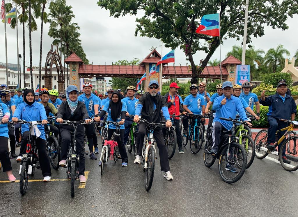 700 join TYT birthday cycling event