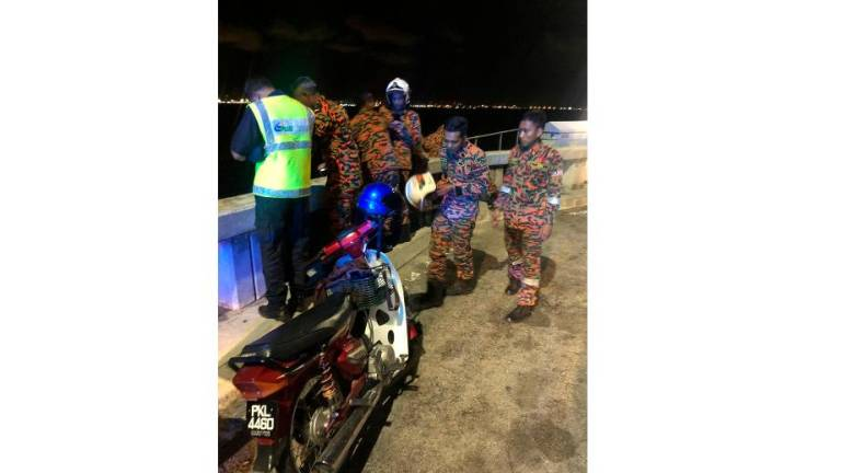 Man feared to have drowned after falling off Penang Bridge