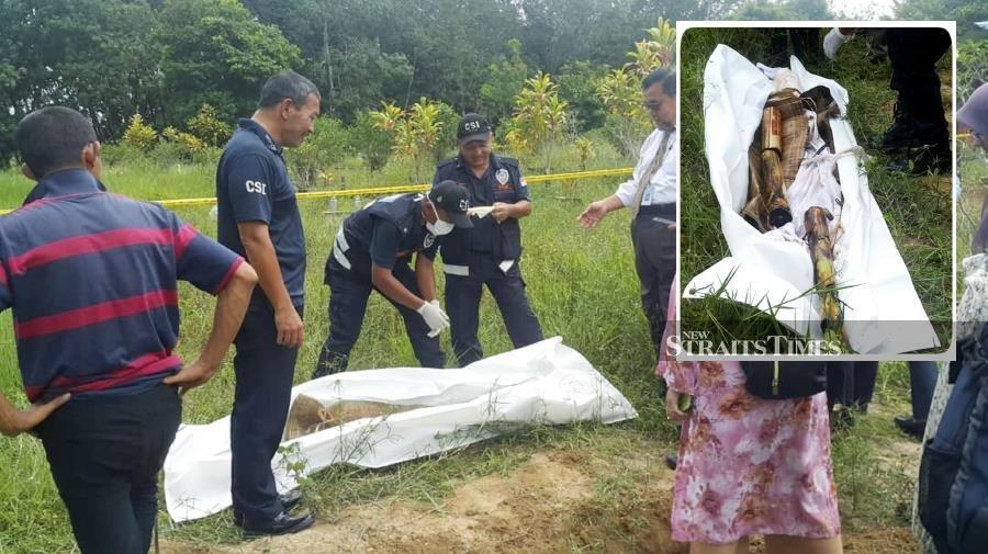 Bananas! Kelantan village grave mystery solved