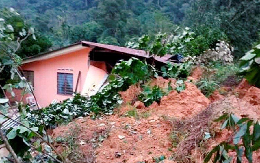 Perak govt to rebuild 3 houses damaged in Batu Kurau landslide