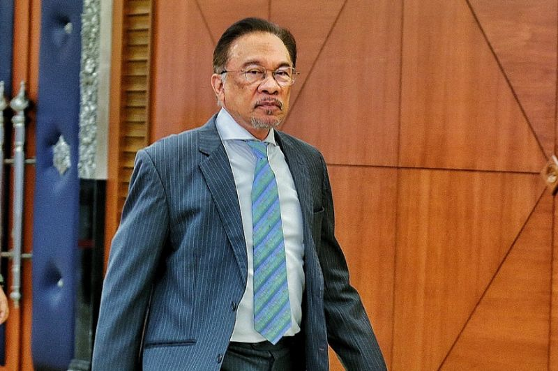Anwar says zakat for non-Muslims only a suggestion, will adhere to royal decree