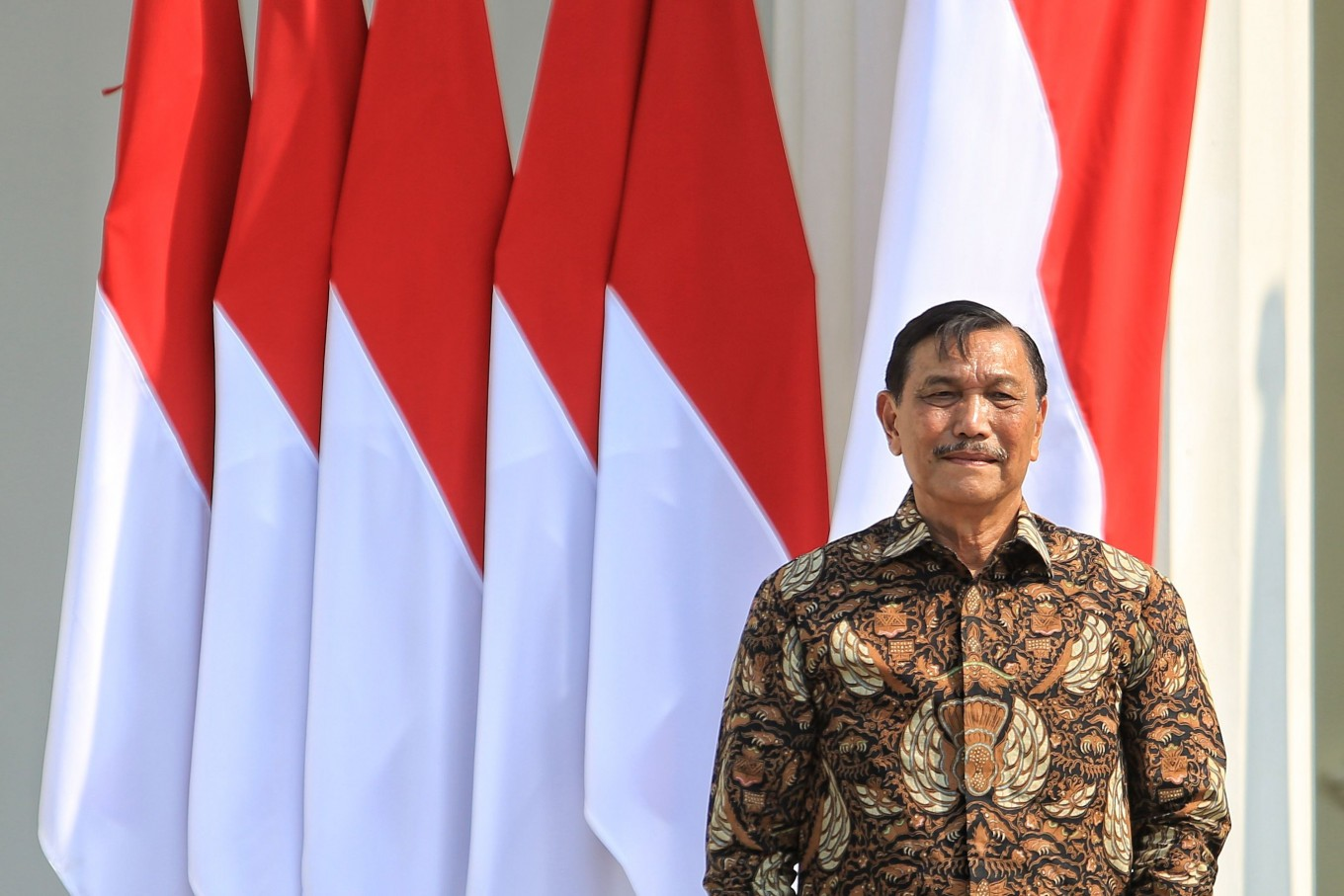 Jokowi gives minister Luhut more powers through new regulation