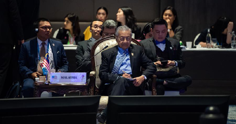 Mahathir says he will definitely hand power over to Anwar