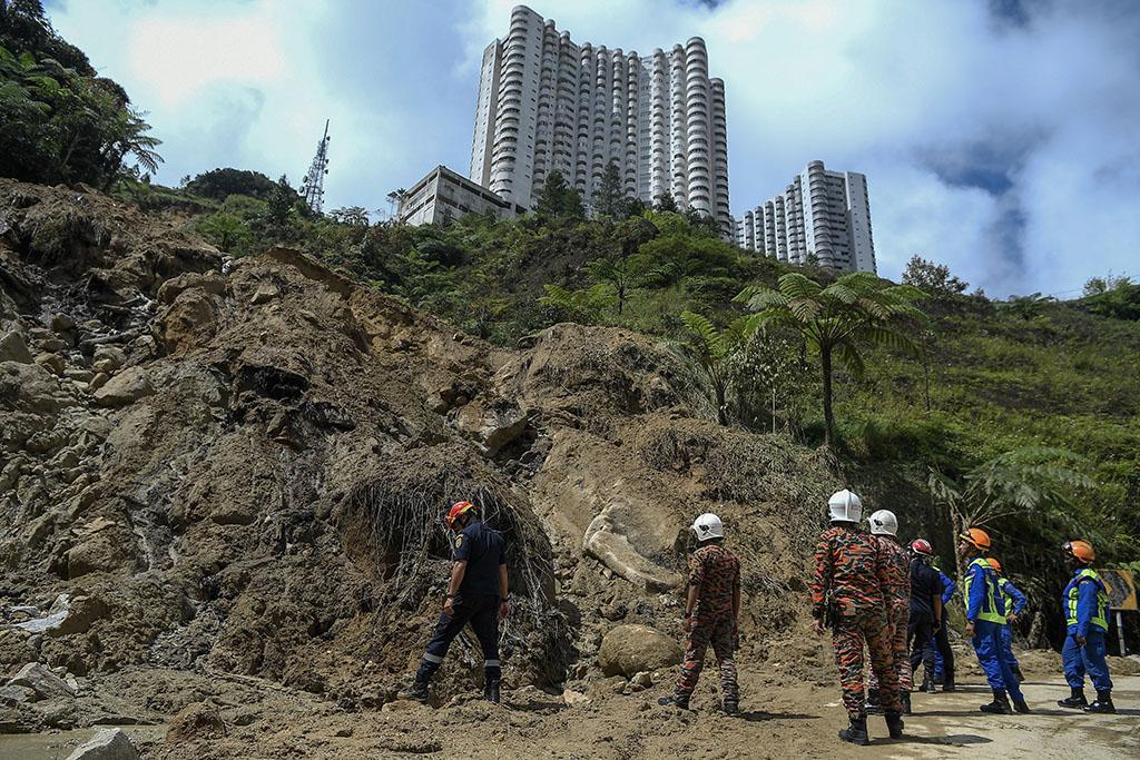 Landslide: Cleaning up works complete tonight