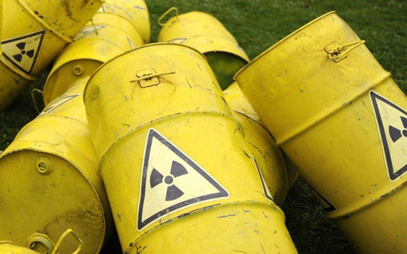 290 drums of chemicals found dumped along Sg Klang