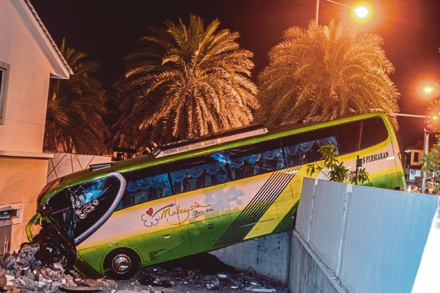 Penang bus driver in fatal crash claims trial to driving under influence of drugs