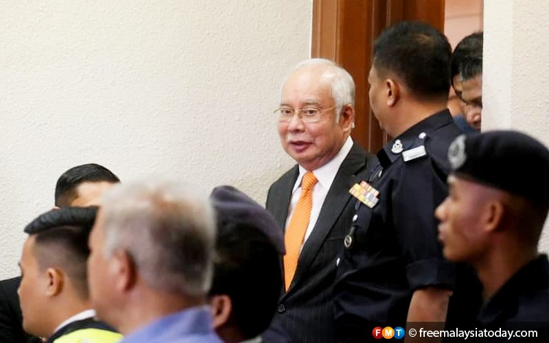 Najib can still change his mind about SRC International defence, say lawyers