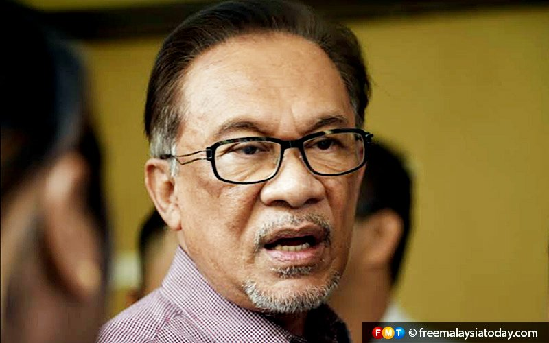 Dr M never interfered in Najib trial, says Anwar