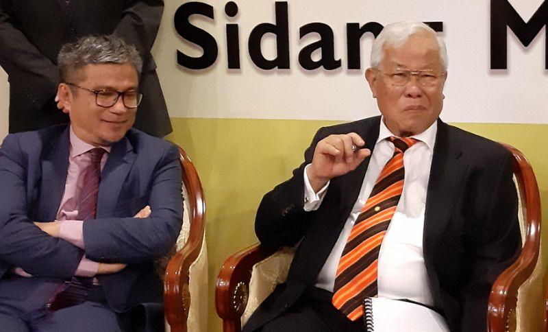 Sarawak to contact Maszlee over purported ban on GPS lawmakers speaking in schools