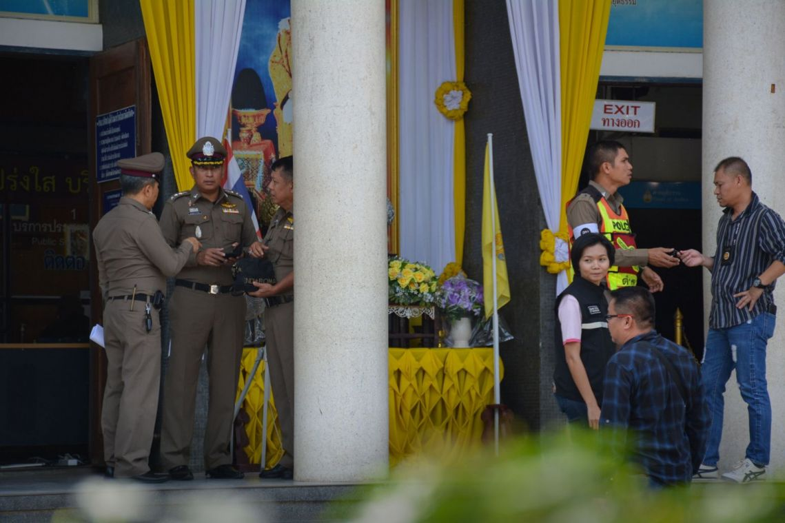 2 lawyers, gunman killed in Thai courtroom shootout: Police