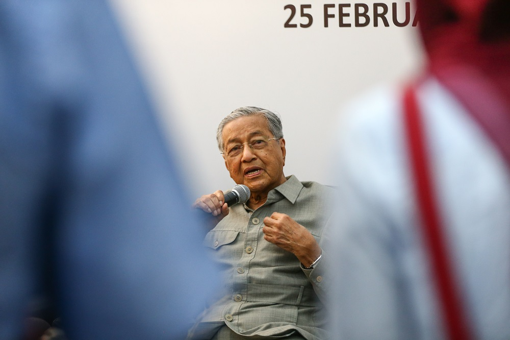 Dr M: Nothing wrong with Perak MB's video conversation