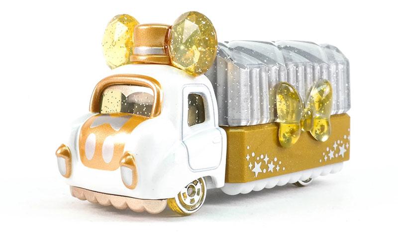 大马FamilyMart推出2款超梦幻「Disney珠宝模型车」!网友尖叫声四起,太可爱了!