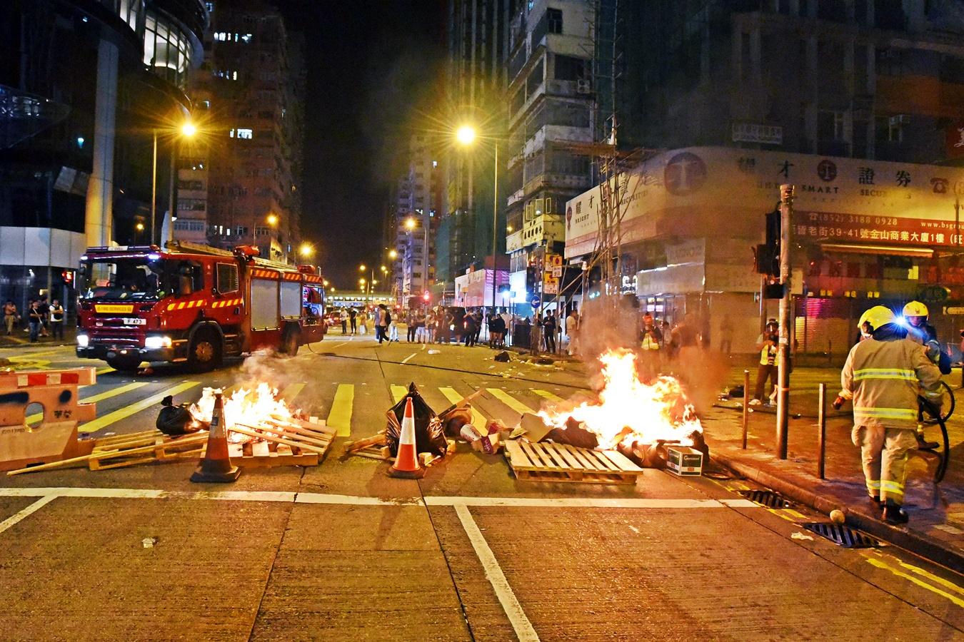 消防新指引:暴力事故现场 警方决定是否让消防员执行职务