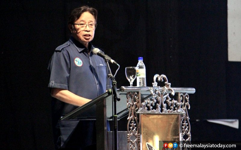 Give reasons for Sabah, Sarawak court registry rotation, Putrajaya urged