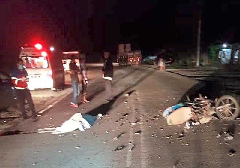 Man in Malaysia killed after crashing into buffalo