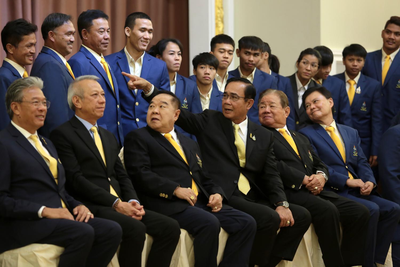 Aim high, Prayut tells athletes