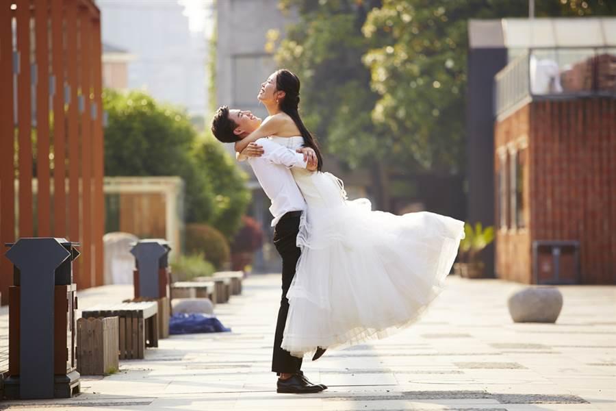 派钱啦‼️ 雪兰莪重启『结婚津贴福利❤️』, 新婚夫妇最高可获RM600!(内附申请方法)