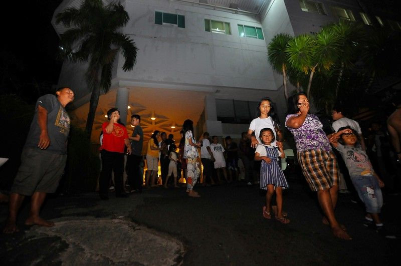 Indonesia quake damages some homes, churches as residents return