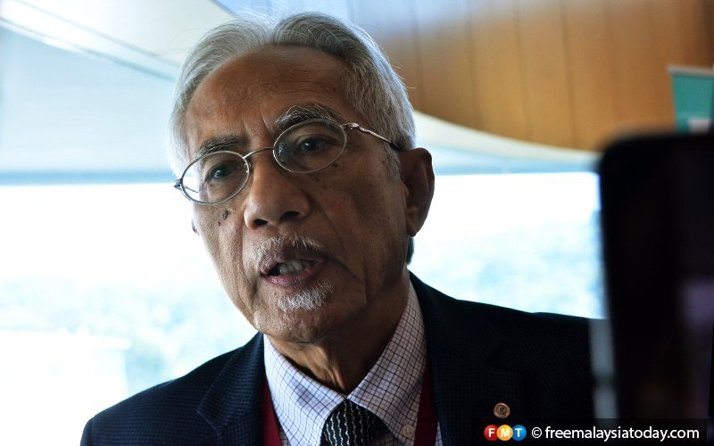 Kadir rubbishes rumours of Malay-only coalition, Zahid's involvement