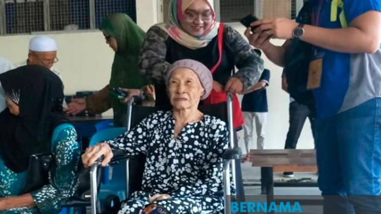 Senior citizen says being wheelchair-bound isn't an excuse to miss out on voting