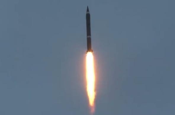 东风导弹发射过程首曝光 要求精准一击即中