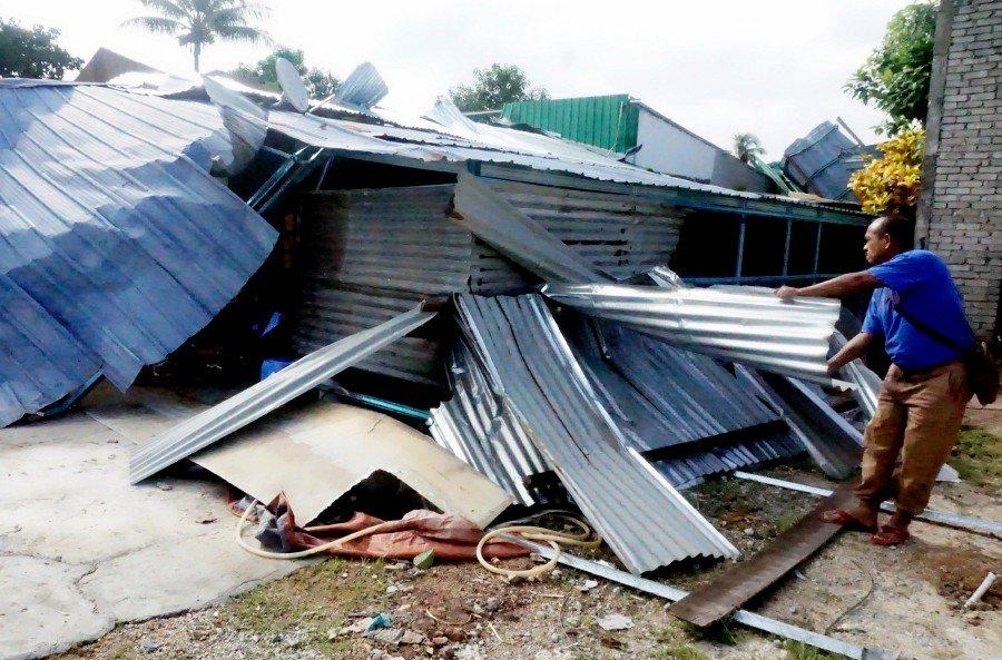 Mini tornado damages 8 houses in Alor Setar
