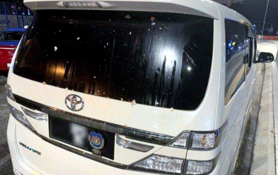Police probing egg vandalism of Batu MP's Toyota Vellfire