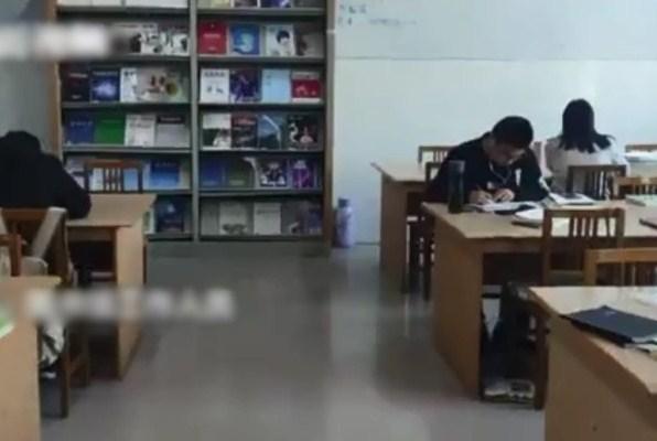 大专院强制「捐」书引不满 图书馆:个別学院所为