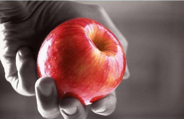 灵签占卜:你认为哪个苹果是假的?测试你内心是天使还是恶魔